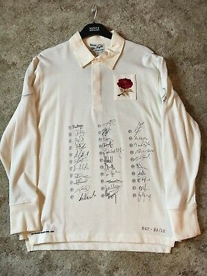 VERY RARE Nike Vintage England Commemorative Rugby shirt 2010 - signed & genuine