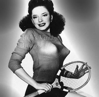 ec68322a3 BULLET BRA MAMA Tennis Model photo Retro 1940 s 1950 s Sweater Gal 8.5