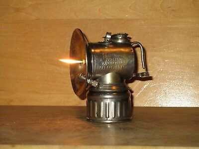 """Miners JUSTRITE """"PAT.APPLIED FOR""""  CARBIDE LAMP -NICE!"""