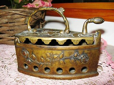 Vintage Antique Art Nouveau Brass SAD IRON Decorated w/ Roses flat press