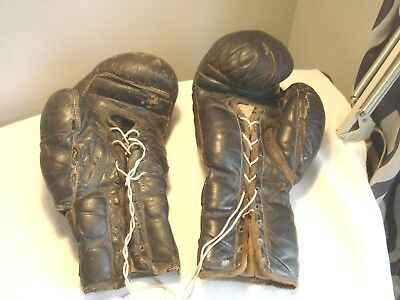 Vintage..Pair...Of...Everlast...Leather..Horse..Hair....Adult..Boxing...Gloves
