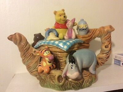 Disney Cardew Winnie The Pooh & Friends Showcase Limited Edition Teapot