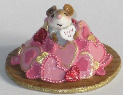Wee Forest Folk - M-563a HEAPS OF HEARTS Valentine LTD