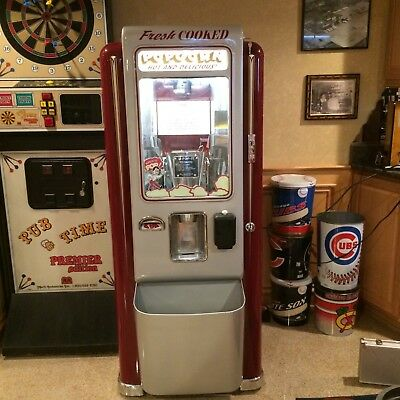 1952 coin operated  U pop it popcorn machine restored