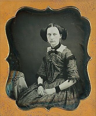 Light-Eyed Young Woman With Tinted Cheeks 1/6 Plate Daguerreotype E212