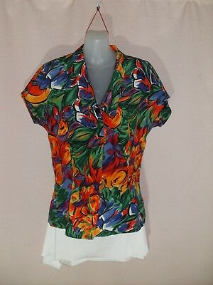 1970's/80's Vintage Sleeveless Fitted Top in Abstract Floral.