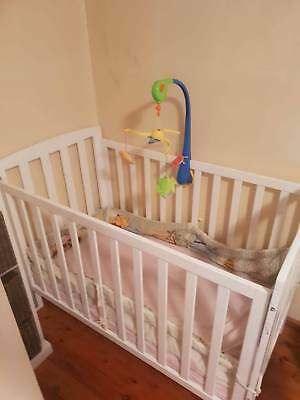 Baby cot & mattress in an excellent condition