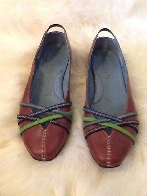 219026f05 Indigo by Clarks Size 9 M Ballet Flats Loafers Shoes Maroon Leather Women s