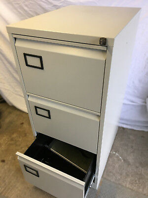 3 drawer filing cabinet, made of steel with 2 keys