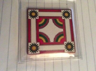 "Geocoin The Quilt Trail Bailey Farm ""Crown of Thorns"" Edition Unactivated"