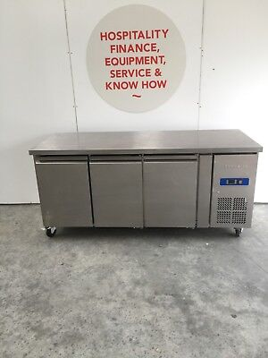 Exquisite USF400H 3 door undercounter stainless chiller