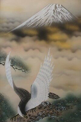 M08T0 ~富士山 Beautiful Mt.Fuji & Strong Hawk~ Japanese hanging scroll