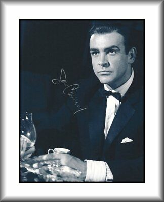 Sean Connery - James Bond 007 - Rare Hand Signed Autograph