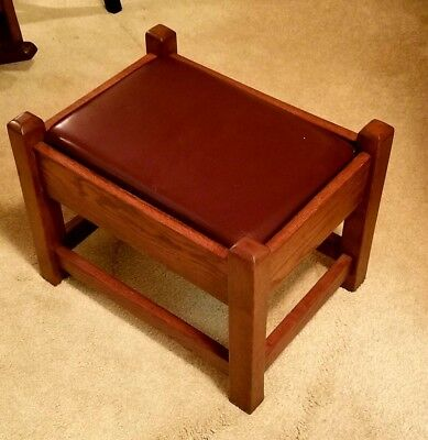 Mission Style Arts & Crafts Oak Footstool With Leather Upholstering