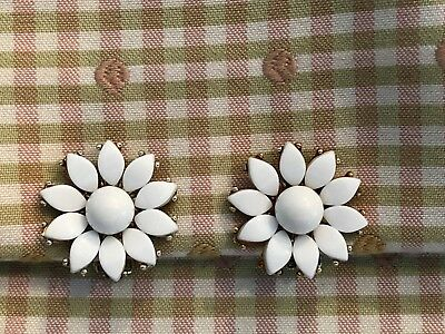 Nice Vintage Pair of Charel White Thermoset and Gold Clip On Earrings