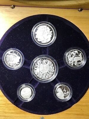 Australia FINE SILVER SET 2004 Proof set in wood crafted box. Limited edition