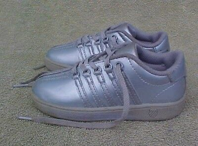 63da44f6517f Girls Size 9 M K-SWISS Classic Vn SILVER Patent FASHION SNEAKERS SHOES