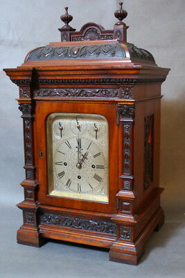 Bracket clock with 8 bells a 5 gong