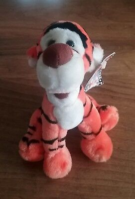 Walt Disney World Plush Stuffed Animal Pooh Tigger Picture Frame
