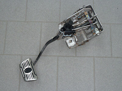 Maserati Ghibli M157 Carrier Brake Pedal Pedal Brake Box Support 670005343