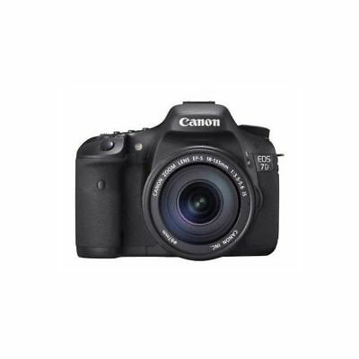 Near Mint! Canon EOS 7D with 18-135mm f/3.5-5.6 IS - 1 year warranty