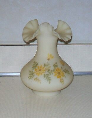 """Vintage Fenton Hand Painted Daisies on Cameo Satin 7 1/4"""" Crimped Vase"""