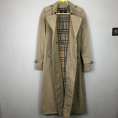 VINTAGE BURBERRY TRENCH Coat in Beige with Full Nova Check
