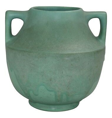 Muncie Pottery Matte Green Over Green Arts And Crafts Vase Shape 464