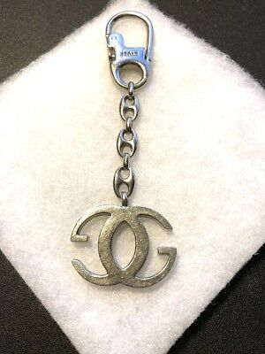 7d857f268dc Vintage GUCCI GG Silver Tone Metal Key Ring Holder Signed Made in Italy  Unisex