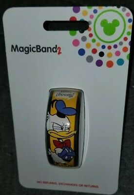 NEW Disney Parks Magic Band Donald Duck 2019 Yellow