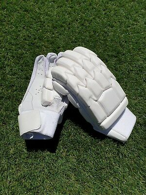 Clean White SFC Players Edition Cricket Batting Gloves ** Right Hand | Rare **