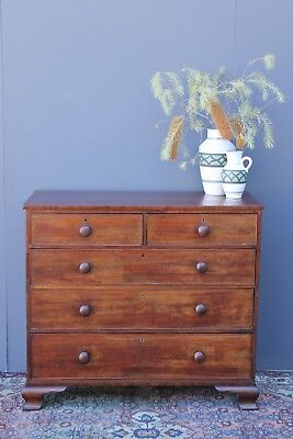 Early Victorian Mahogany chest of drawers. CIrca 1840