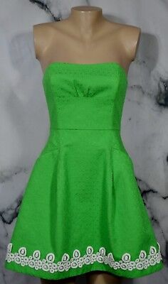 31904409b8a3 LILLY PULITZER Kelly Green Blossom Jacquard Strapless Dress 2 White Trim  Lined