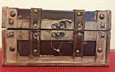 """Small NEW Chest with Decor Lock ~ Wood ~ Metal ~ Leather  ( 8-1/2"""" x 5"""" x 5"""" )"""