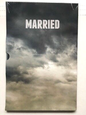 MARRIED Series FYC PRESS BOOK + DVDs FX Season 2 2015 TV Promo NEW SEALED