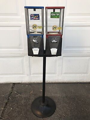 Vintage Oak Double Headed Candy  Gumball Vending Machine 25 cent