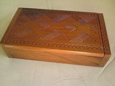 Lovely Small Vintage Wooden Box,used,17.8 Cms X 10.1 Cms X 4.5 Cms Approx.