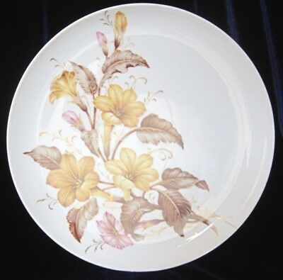 Kaiser Arlette Large Hanging Plate - 11 in. - K. Nossek - West Germany