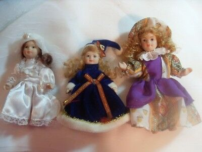 VintagePorcelain Doll Set of 3 in Excellent Condition Very Old