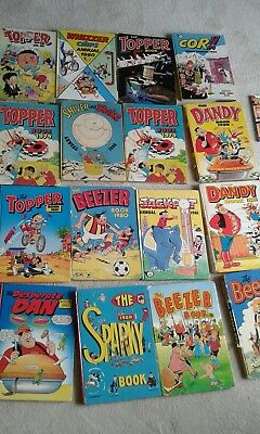 28  annuals dandy , beano , whizzer n chips ,topper , beezer ,sparky  ,topper