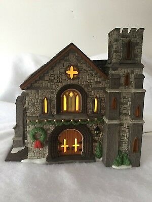 Dept 56 Dickens Village Whittlesbourne Church Heritage Village Collection #58211