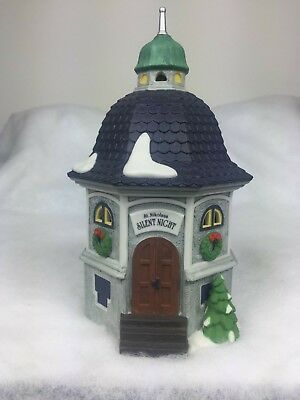 Dept 56 Dickens Village Silent Night Music Box Heritage Village Collection 05618