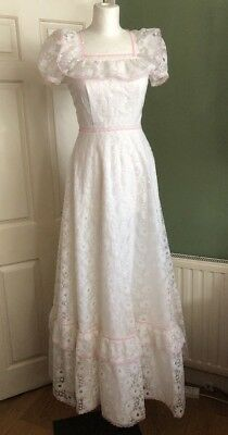 Vintage 1970s French Victorian Style Wedding Dress White & Pink Retro Small 8