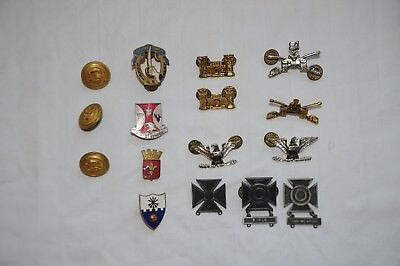 US Army Metal Insignia 27 Pieces + 3 Navy Buttons + I Unknown Crest