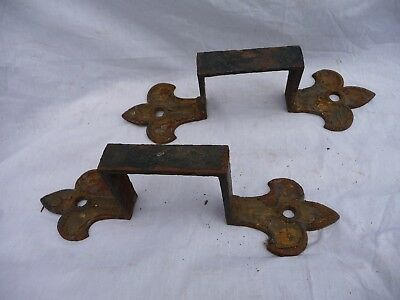 Antique Georgian Large Cast Iron Brackets Fleur de Lis Architectural re purpose