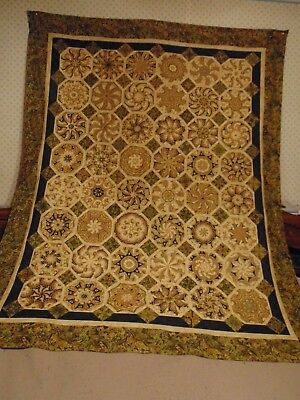 A  Nice Modified Venetian Tiles (Medallion) Quilt Top Pattern - (61 x 77) aprox