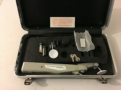 Perkins Handheld Applanation Tonometer with Manual in Case-working. See Pics