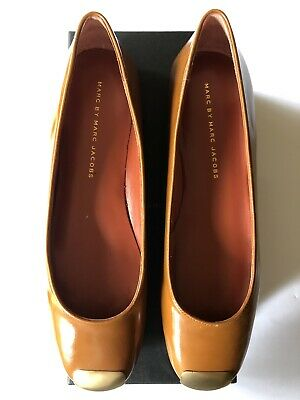 fa99dd1a6a5 BNIB MARC BY MARC JACOBS Spazz Gold Tipped Brick Brown Flat Shoes - Size 38