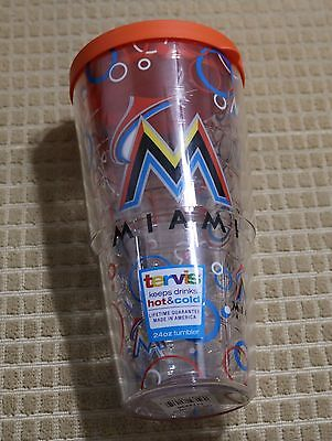 9963ecf5216e1 MIAMI MARLINS TERVIS Tumbler 24 oz. Bubble Up Wrap With Lid -  19.98 ...