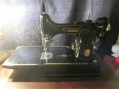 1948  Singer Featherweight Sewing Machine 221 ,2 Cases Lots of Accessories works